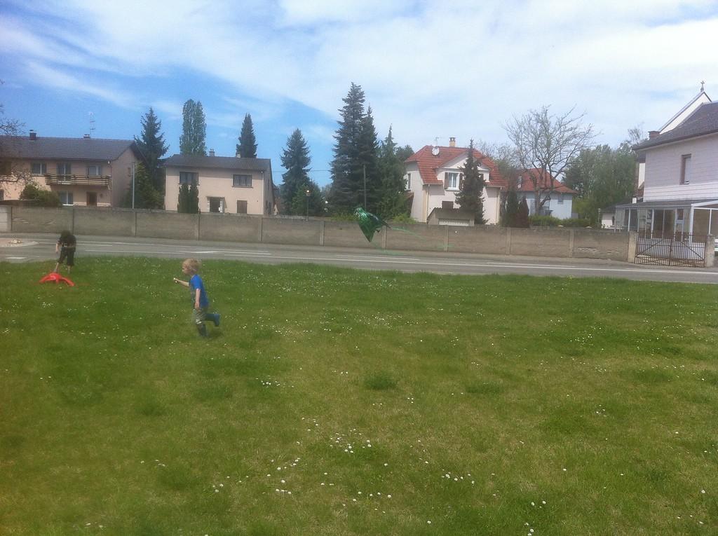 087 D Flying his Kite