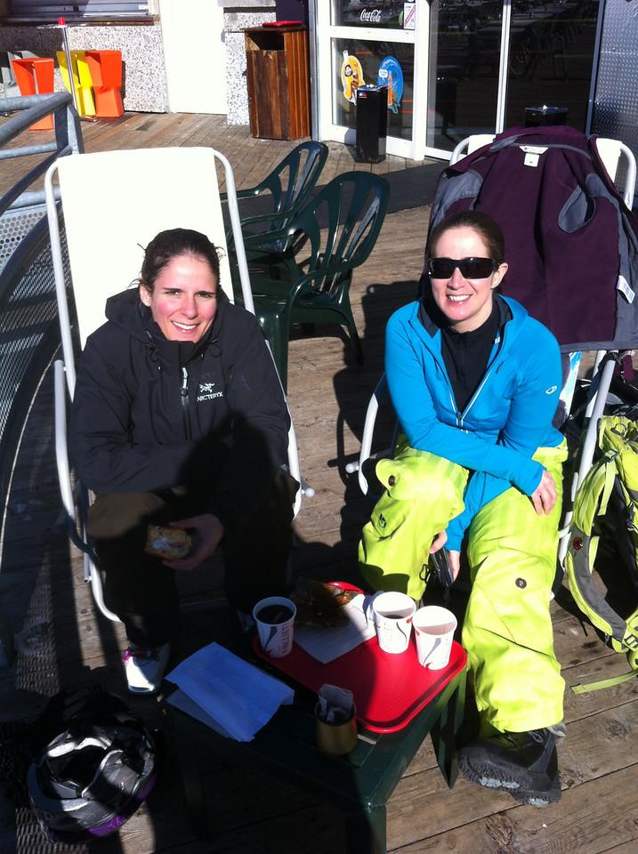 027 Girlie Ski Morning