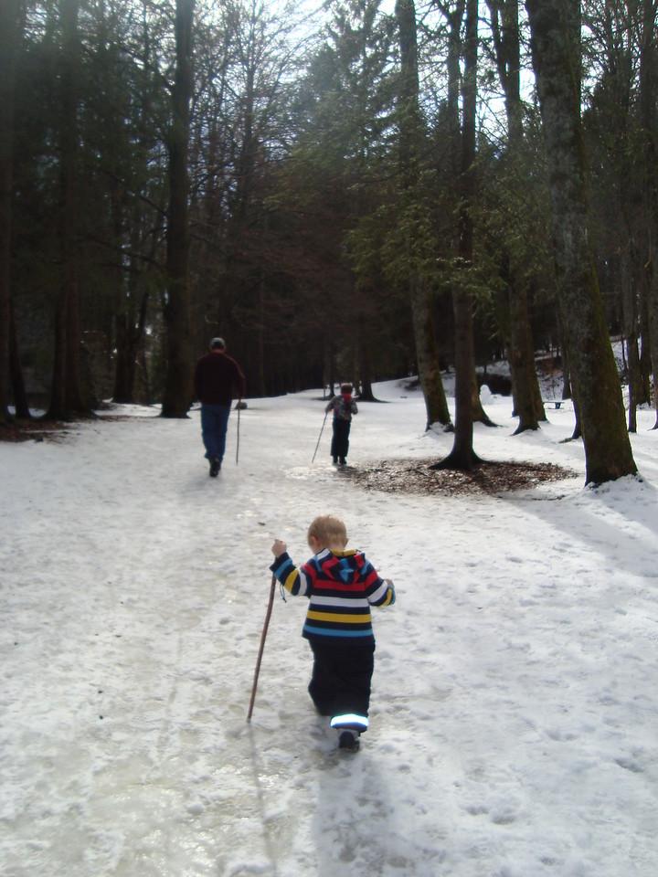 050 Winter Hiking