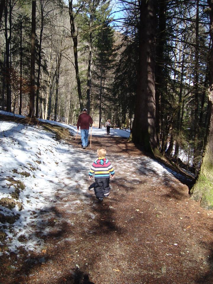 053 Winter Hiking