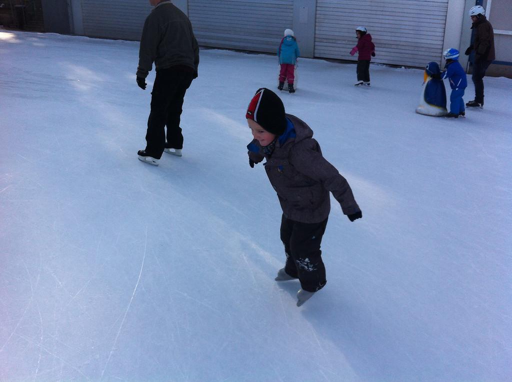 045 Saturday Morning Skating