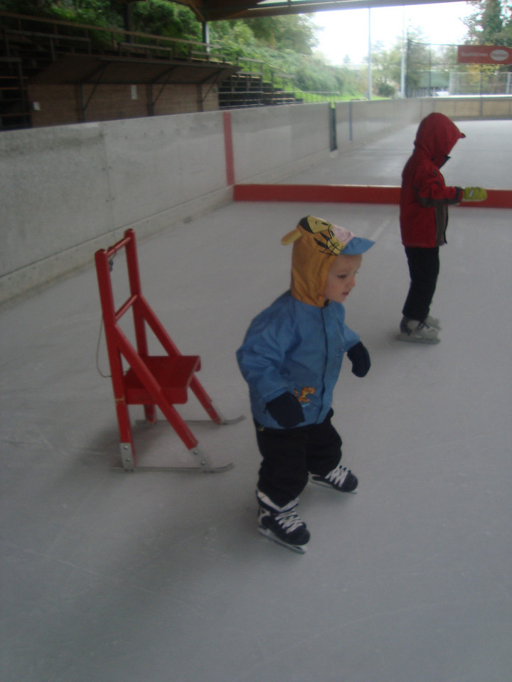 Second Sunday ice-skating of the season. Danny can stand-up on his own,